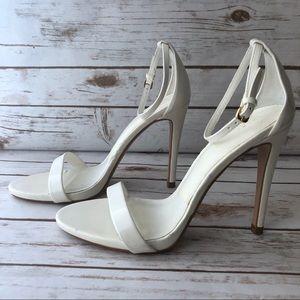 🕊 ZARA classic white strappy sandal 37 EU 7 US